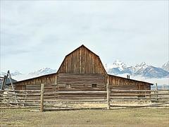 Moulton Barn,  iconic Jackson Hole, Mormon Row, Jackson Hole, Wyoming (Cooke Photo) Tags: moultenbarn barn wyoming jacksonhole mormonrow americanwest architecture americanicon oldwoodenbuilding travel