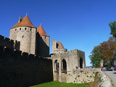 Carcassonne (Niall Corbet) Tags: france occitanie languedoc roussillon aude carcassonne cite city castle chateau fort fortress medieval cathar unesco worldheritagesite tower