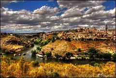 Toledo desde el Valle. (Jose Roldan Garcia) Tags: tajo toledo arquitectura arte historia murallas monasterio catedral cielo nubes colores paisaje ro monumento cultura espaa