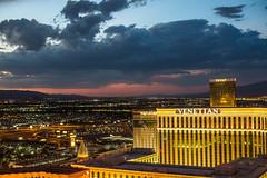 Las Vegas Sunsets (Thomas Hawk) Tags: america clarkcounty ferriswheel highroller lasvegas lasvegasstrip nevada sincity usa unitedstates unitedstatesofamerica vegas venetian venetianhotel fav10 fav25