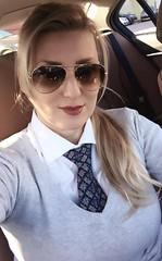 Louis (bof352000) Tags: woman tie necktie suit shirt fashion businesswoman elegance class strict femme cravate costume chemise mode affaire