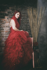 Lisa (Anonima_mente) Tags: red head dress hair lady girl woman vintage portrait