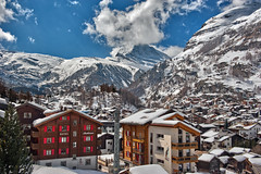 Zermatt the village and the Matterhorn .White season...Happy Holidays Merry X'mass and a Happy New Year 2017!   No 4195. (Izakigur) Tags: zermatt swiss suiza suisia suizo suïssa ssvizzera dieschweiz d700 nikond700 nikkor nikkor2470f28 izakigur feel winter landscape alps alpes alpen matterhorn cervin cervino switzerland schwyz suisse schweiz ch lasuisse musictomyeyes nikon helvetia liberty flickr europe europa svizzera سويسرا laventuresuisse lepetitprince myswitzerland wow