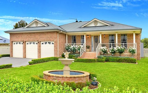 14 Stables Place, Moss Vale NSW 2577