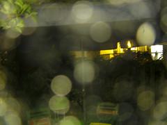 Soir de pluie (Robert Saucier) Tags: blur rain night drops nightshot montréal quebec montreal pluie noflash québec raindrops nuit flou gouttes img1105