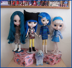 Dolly Shelf Sunday - it's blues time.