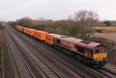66151 Marshfield (Merchant Venturer) Tags: uk train diesel rail container flats marshfield hapaglloyd sprinter dmu class66 ews dieselmultipleunit class150 dbschenker
