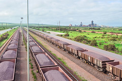 One of the longest trains in the world, the Sishen-Saldanha iron ore line and a processing plant (jbdodane) Tags: africa alamy141014 bicycle cycletouring cycling cyclotourisme day660 ironoreline ironoreterminal mining plant railway saldanha saldanhaoreterminal sishensaldanharailway southafrica spoornet train transnet velo westerncape alamy freewheelycom jbcyclingafrica
