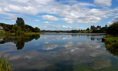 Linlithgow Loch/Lake (240/365) (seanbowes94) Tags: uk sky lake reflection water clouds scotland still peaceful palace loch