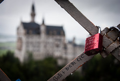 They were in Marienbrcke (Jaime_GC) Tags: castle lock neuschwanstein schloss candado marienbrcke