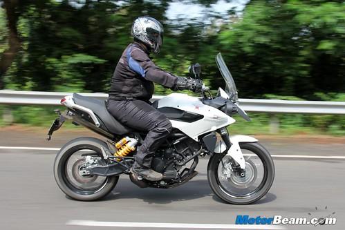 2014-Moto-Morini-Granpasso-05