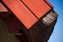 Red end (Håkan Dahlström) Tags: red detail architecture se skåne sweden sverige f80 uncropped malmö gård 2014 skånelän halmtak katrinetorp canoneos5dmarkii almvik ¹⁄₂₅₀sek ef2880mmf284lusm 11806092014135303 katrinetorps
