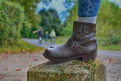 DSC_1450 (eric.riflet) Tags: aurasdusol sol foret chaussure shoes velo cycle road touraine indreetloire loirevalley valledelaloire chateau de champchevrier