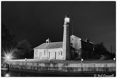 301/366 Whitby Lighthouse, Ellesmere Port (crezzy1976) Tags: nikon d3300 crezzy1976 photoaday photographybyneilcresswell whitbylocks whitbylighthouse ellesmereport thomastelford lighthouse cheshire shropshireunion canal history architecture building lightburst blackandwhite monochrome 365 366challenge2016 day301 outdoors manchestershipcanal afterdarkphotography nightphotography cloudysky