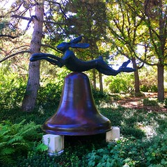bunny bell (ekelly80) Tags: denver colorado denverbotanicgarden october2016 fall gardens flowers sculpture bell bunny rabbit garden tress green hidden