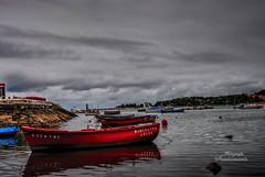 Marcelina (Josinisam) Tags: copyright sanvicentedelabarquera mar agua litoral costa rojo nubes vacaciones josinisam joseignaciosantamaria