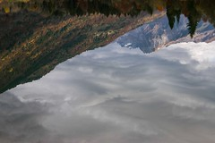 Monde  l'envers (upside down world) (Larch) Tags: reflet reflection montagne mountain lac lake alps alpes hautesavoie pente slope ciel sky nuage cloud automne autumn fall lenvers upsidedown eau water taninges