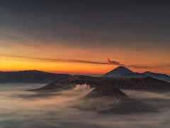 Mt Bromo (sandilesmana28) Tags: sunrise mount bromo cloud nature orange vulcano landscape simplysuperb perfection in pictures front page