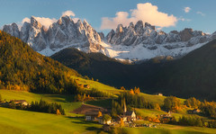Dolomites (terenceleezy) Tags: southtyrol italy travel fallcolors fallcolours autumn dolomites dolomiti santa magadelena santamagdalena church shotoniphone7 iphone7
