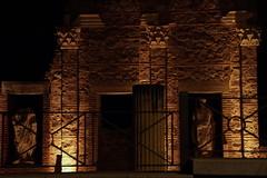 09 Mérida Pórtico Foro Municipal noche (xabyjordi) Tags: extremadura yuste trujillo caceres coria plasencia alcantara dolmen lacara tapias mellizos valencia de alcántara merida olivenza elvas evora portugal manuelino renacentista medieval románico gótico azulejo portugués neolítico romano puente teatro