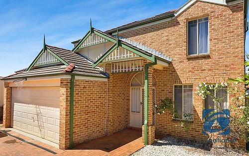 3 Dungara Crescent, Stanhope Gardens NSW 2768