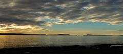 Atardecer en la Baha (pibepa) Tags: 13nov2016 pibepa ibiza eivissa baleares islasbaleares illesbalears bahadesanantonio p1840235 atardecer ocaso ssaconimmera puntasatorre iladesbosc bahadeportmany nube nubes cloud clouds nuvoli nuvole