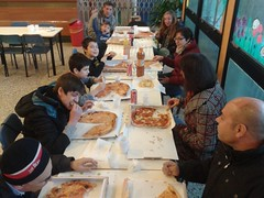 """20.11.2016 Messa,presentazione,incontro e pizzata famiglie di 4 elem (2) • <a style=""""font-size:0.8em;"""" href=""""http://www.flickr.com/photos/82334474@N06/31071386820/"""" target=""""_blank"""">View on Flickr</a>"""