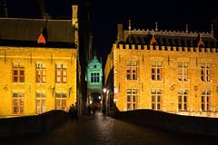 Blinde-Ezelstraat at night (Explored) (paul indigo) Tags: belgium bruges brugge paulindigo architecture historic night people streetphotography tourism travel