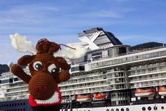 DSC01562 (The Crochet Crowd) Tags: crochetmoose amigurumi moose crochet doll alaska britishcolumbia thecrochetcrowd michaelsellick jeannesteinhilber danielzondervan crochetcruise mooseontheloose