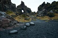 Snæfellsnes - Djúpalónssandur. (Árni Gudjon) Tags: djúpalónssandur snæfellsnes steinar fjara möl hraun klettar