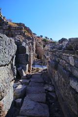 IMG_442a9 (goaniwhere) Tags: ephesus ephesusturkey turkey ancientcity historicsite history rubble ruins grandtheatre libraryofcelsus mycenean