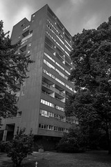 Hansa-Quarter/Berlin (mripp) Tags: city urban berlin architecture design stadt architektur housing metropolis hansaviertel culturalheritage wohnen kulturerbe hansaquarter