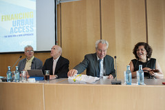 Christian Wolmar,  Elliott Sclar,  Fred Salvucci and Rosario Macario on the panel
