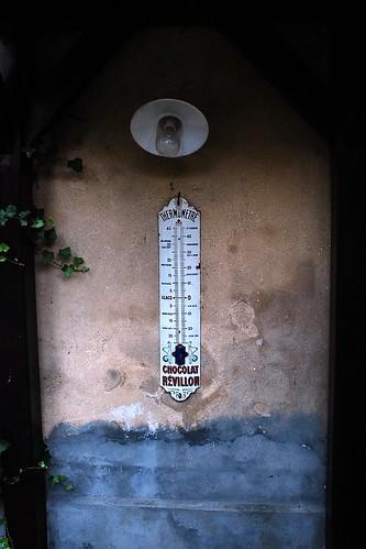 2 - Auvers-sur-Oise Auberge Ravoux Thermomètre publiciataire Chocolat Révillon