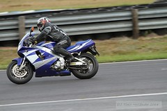 IMG_5942 (Holtsun napsut) Tags: ex sport finland drive track bikes sigma os days apo moto motorcycle finnish 70200 f28 dg rata kes motorrad traing piv trackdays motorbikers eos7d ajoharjoittelu moottoripyoraorg