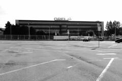030814-1028 (Steinschlag) Tags: nrw bochum parkplatz ruhrgebiet nordrheinwestfalen ruhrarea northrhinewestphalia rhinewestphalia opelwerki
