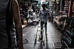 Untitled (nzkphotography) Tags: streets thailand chinatown bangkok 28mm streetphotography gr ricoh seriouscompacts