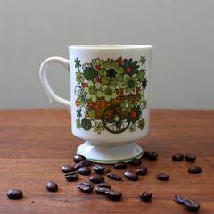 Flower Cart. (Kultur*) Tags: flowers cup floral japan vintage housewares retro kawaii mug 70s 1970s serving pedestal