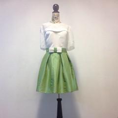 ชุดกระโปรงผ้าไหม น้องเบนซ์ เสร็จพร้อมสวยแล้วค่าาาา^.^ สนใจตัดชุดราตรี เดรสออกงาน ชุดเพื่อนเจ้าสาว ติดต่อเรานะคะ Line : gib-atale หรือดูแบบ และผลงานสวยๆ ได้ที่ www.dressbyatale.com #ชุดราตรี #ชุดเพื่อนเจ้าสาว #เดรสออกงาน #แบบชุดราตรี  #ตัดชุดราตรี #ชุดออกง