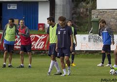 Risas durante el entrenamiento (Dawlad Ast) Tags: espaa club training de spain cd soccer asturias luanco estadio futbol yun miramar marino deportivo entrenamiento jaeyong