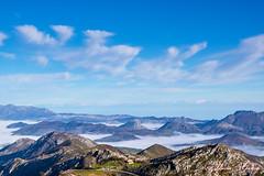 Viaje a Cangas de Onis 41_2014.04.06(R) (Fermicrai) Tags: viaje naturaleza gente asturias paisaje montaa lugar eventos nadie covadonga ninguna mardenubes reveladas numeracion tipodefotografia restodeasturias