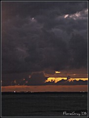 2207269417_d63ec00f99_o (gray.florie) Tags: sunset clouds mexico gray cancun 2008 mujeres florie mujares appenninosettentrionalealpinatura floriegrayflorencetomasulograytomasulofloriegray