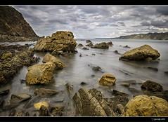 Mar adentro XX (Pogdorica) Tags: asturias maradentro cadavedo filtrond