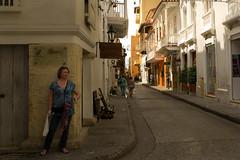 Larisa (Felipe Gonzlez photography) Tags: street woman sun colombia cartagena