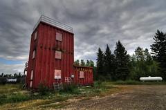 Perplexing (Len Langevin) Tags: old canada building abandoned nikon nwt tokina northwestterritories 1224 d300 northof60 hayriver