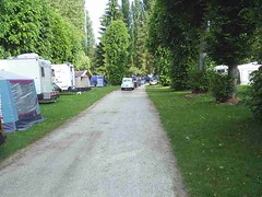 mot-2005-berny-riviere-049-le-drive-queueing-to-leave-the-campsite_800x600