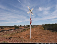 Railway Crossing, Outback, South Australia, Australia (JH_1982) Tags: road trip sign highway track crossing desert south rail railway australia roadtrip stuart stop outback sa australien australie austrlia  meridionale australi  meridional    australiemridionale  mridionale