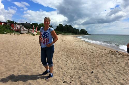 Anne am Strand von Svarte