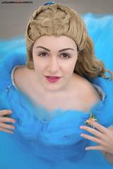 44 (Alessandro Gaziano) Tags: alessandrogaziano costumi cosplay cosplayer colori colors costume roma romics fiera foto fotografia girl woman womenexpression