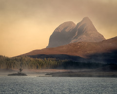 Suilven - The Imposing Mountain (.Brian Kerr Photography.) Tags: suilven lochborralan mountain sunrise landscapephotography scotland scottishhighlands highlands scottishlandscapes crannog mist mistymorning outdoorphotography landscapes a7rii availablelight light imposingmountain outdoor landscape